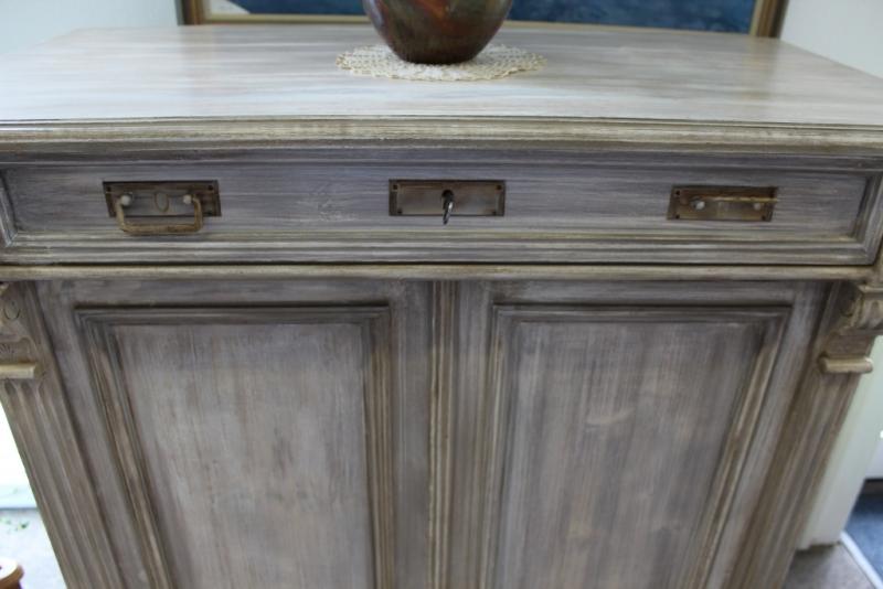 vertiko in vintage siga shop. Black Bedroom Furniture Sets. Home Design Ideas